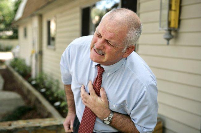 Инфаркт миокарда: симптомы, первая помощь при